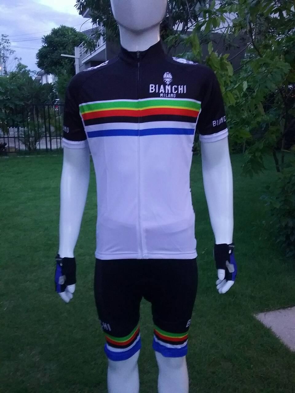 ชุดปั่นจักรยานแขนสั้น BIANCHI สีขาว เป้าเจล (แอดไลน์ @pinpinbike ใส่ @ ข้างหน้าด้วยนะคะ)