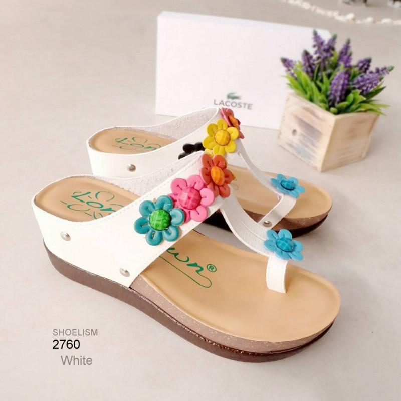 รองเท้าแตะส้นเตารีด แบบคีบ แต่งดอกไม้ (สีขาว )