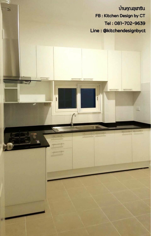 Glossy White Kitchen (ครัวบิ้วอินสีขาวเงาสไตล์โมเดิร์น)
