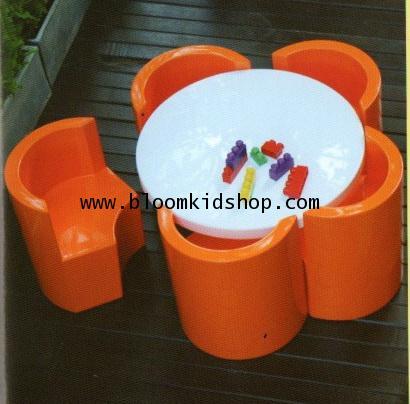 ชุดโต๊ะกิจกรรมเด็ก รุ่น Flower สามารถตั้งทั้งกลางแจ้ง (outdoor) และ ที่ร่มได้ สวยมาก