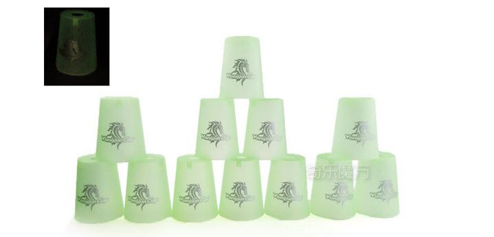แก้ว YJ Cups สีเขียวแบบเรืองแสงในความมืด