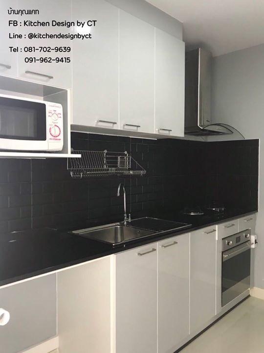 Glossy Light Grey Modern Kitchen (ชุดครัวบิวท์อินสีเทาเงาสไตล์โมเดิร์น)