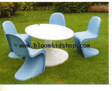 ชุดโต๊ะกิจกรรมเด็ก รุ่น Genius สามารถตั้งทั้งกลางแจ้ง (outdoor) และ ที่ร่มได้ สวยมาก