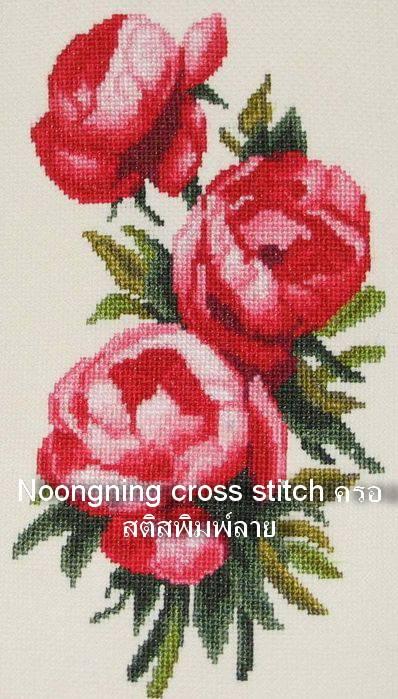 ดอกไม้แดง ชุดปักครอสติช พิมพ์ลาย งานฝีมือ
