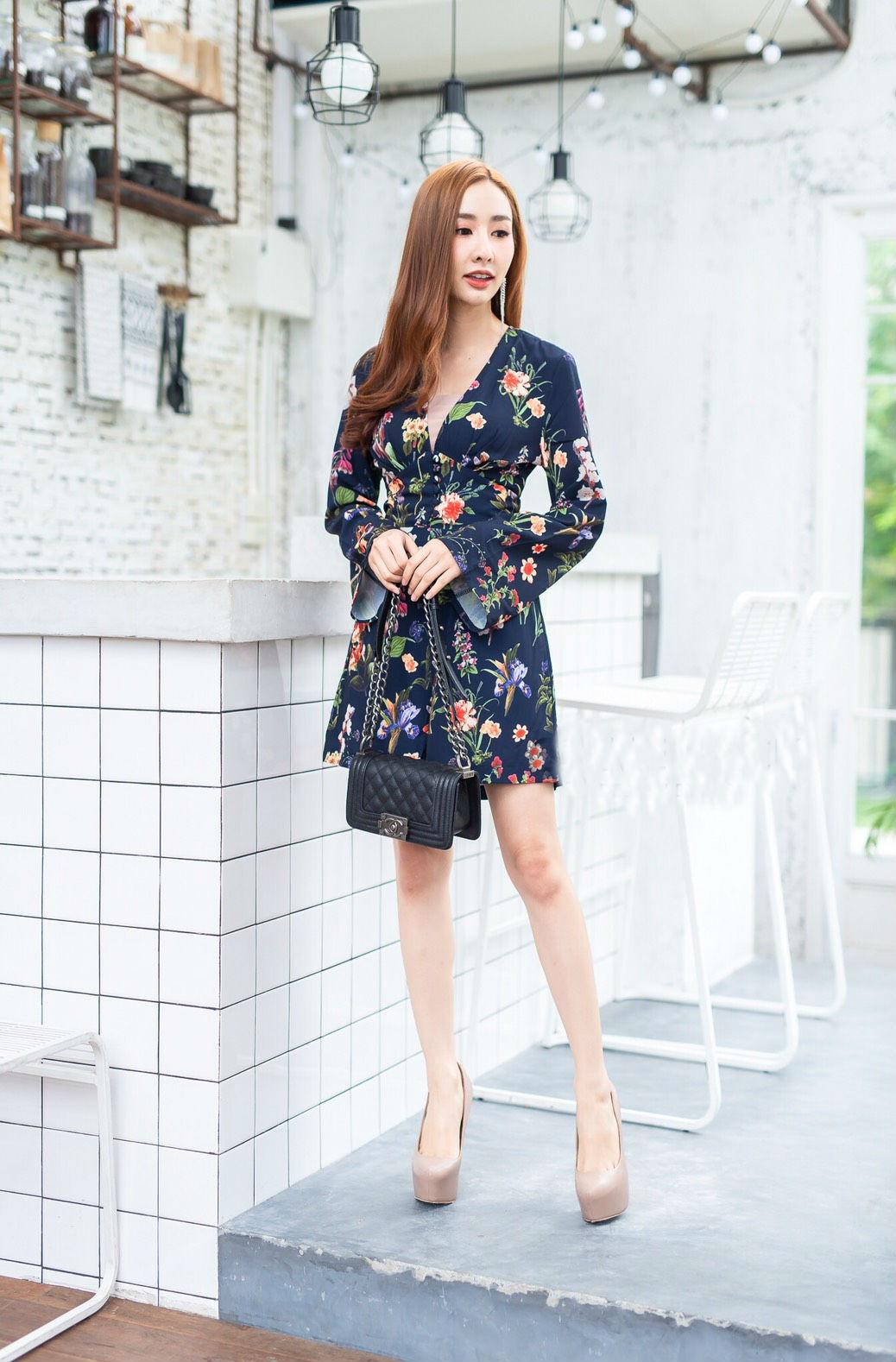 JS0034 เสื้อผ้าแฟชั่น เสื้อผ้าเกาหลี เสื้อผ้าแฟชั่นเกาหลี ชุดจั๊มสูท จั๊มสูทขาสั้น จั๊มสูทกางเกง จั๊มสูทลายดอก ชุดออกงาน ชุดทำงาน (กรม)