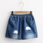 Pre-Order กางเกงขาสั้นเอวยางยืด ปักลายเมฆฝน