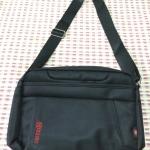 กระเป๋าสะพายข้าง(สีดำ)