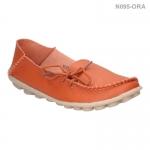 รองเท้าส้นแบน หุ้มส้น หนังเย็บ แต่งเชือก (สีส้ม )