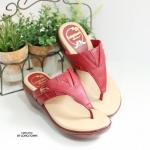 รองเท้าแตะผู้หญิง แบบหนีบ ใส่ลำลอง (สีแดง )