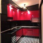 Red-Black Kitchen (ครัวบิ้วอินสีแดง-ดำสไตล์โมเดิร์น)