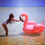 ห่วงยางเล่นน้ำ แพยางฟลามิงโก้ ไซส์กลาง Inflatable Flamingo Pool Float