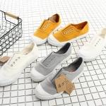 Pre-Order รองเท้าลำลองแบบไม่มีเชือกผูก มี3สี