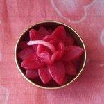 เทียนดอกไม้แดงจิ๋ว ในถ้วย tealight ขนาด 3.5x3.5x2 cm.