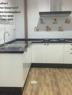 Classic Glossy White Kitchen (ชุดครัวบิวท์อินสีขาวเงาสไตล์คลาสสิค)