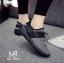 รองเท้าผ้าใบทรงสปอร์ต แบบเชือกรูด (สีดำ ) thumbnail 2