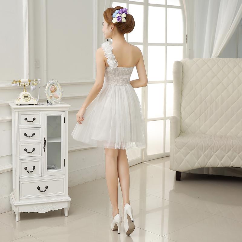 รับตัวแทนจำหน่ายชุดเดรสออกงานสีขาวดอกไม้สไบไหล่น่ารักๆ