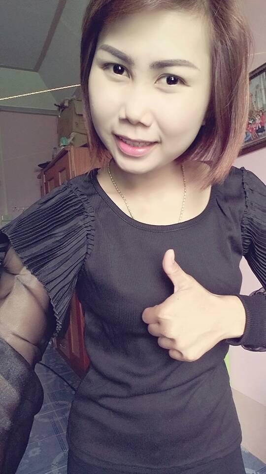 เสื้อแฟชั่นเกาหลีสีดำ