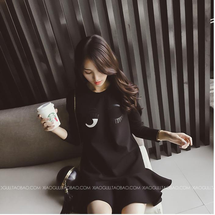 ชุดเดรสแฟชั่นเกาหลีสีดำแต่งระบายสวยๆ