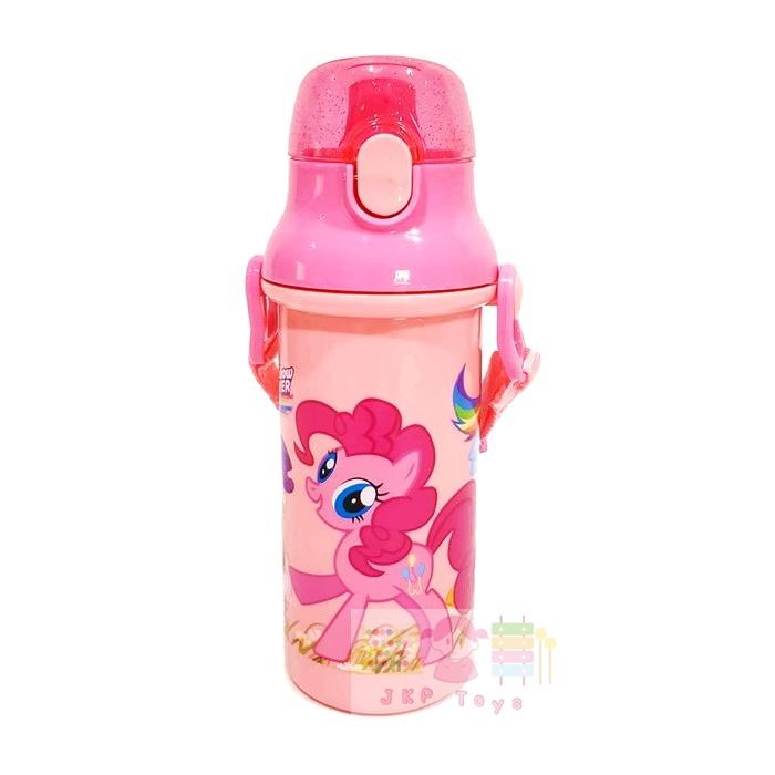 กระติกน้ำเด็ก มีสายสะพายแบบยกดื่ม + ใส่หลอดดูดได้ ลายโพนี่ สีชมพู