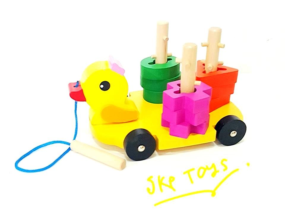 ของเล่นเสริมพัฒนาการ ของเล่นไม้ สวมเสาเป็ดลากจูง ล้อหมุนได้
