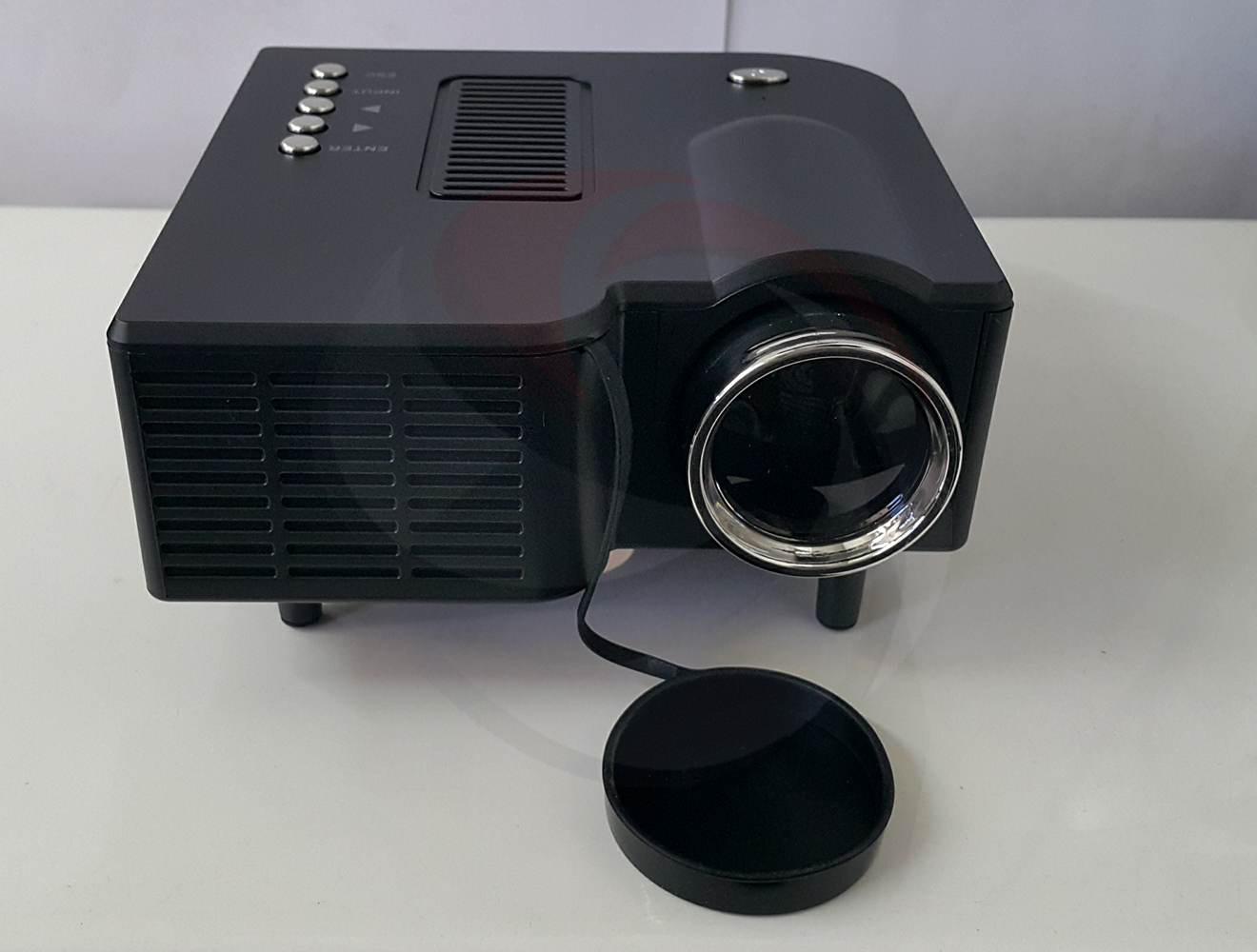 มินิโปรเจคเตอร์ mini projector unic uc28