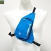 กระเป๋าใส่ของวิ่ง สีฟ้า แบบมีสายรัดตัว ด้านในมีหลายช่อง กันน้ำ