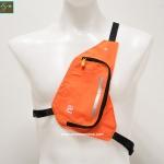 กระเป๋าใส่ของวิ่ง สีส้ม แบบมีสายรัดตัว ด้านในมีหลายช่อง กันน้ำ